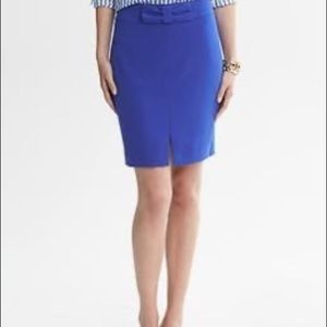 Banana Republic blue pencil skirt with bow, size 6
